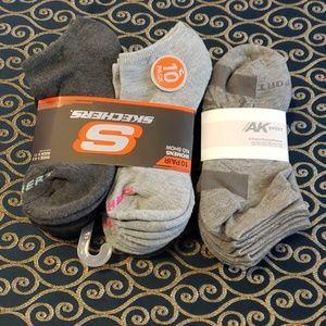 16 new gray ankle socks